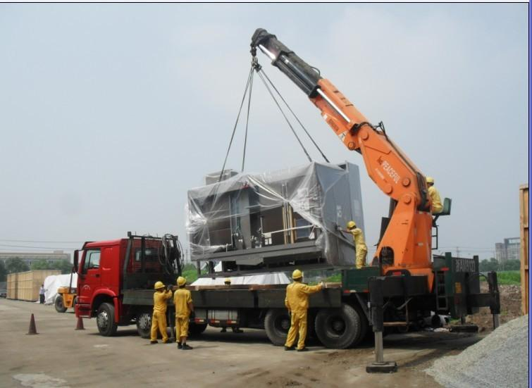 大型设备搬运中常用的集装箱起重机你了解吗?